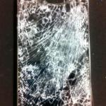 iPhone4 ガラスひび割れ(重度ひび)