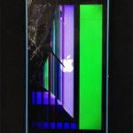iPhone5Cのガラス割れ&液晶表示不良の修理事例