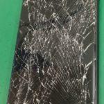 割れたiPhoneでケガをしてしまう前に修理しませんか?!