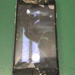 画面バキバキに割れたiPhoneの内部をご覧になります?