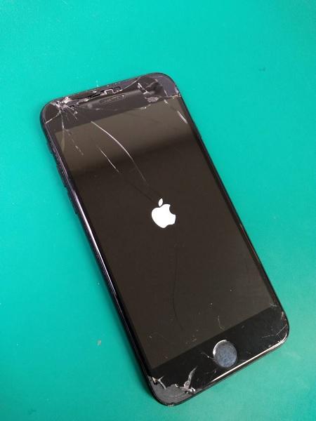 iPhone7 修理前画像