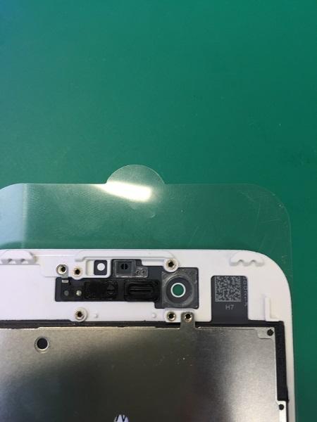 インカメラ・近接ガイドを固定