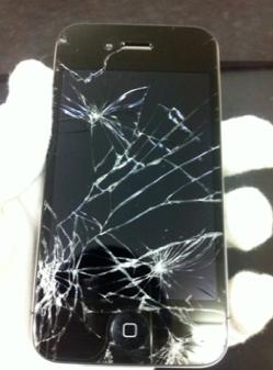 iphone4ひび割れ