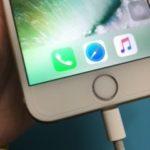 充電不良?ケーブルが奥まで差さらない iPhone6。