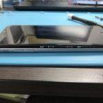 バッテリーの膨張で画面モッコリ!の iPhone6P。