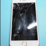 年末もiPhone8の画面修理は続くよ、どこまでも…。