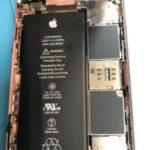 水没急増中…!飲み物をこぼしたら沈黙してしまった iPhone 6S。