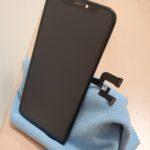 和泉市からiPhone Xの画面修理でお越しくださいました。